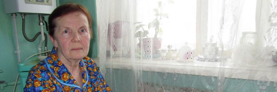 Кинешемка М.Г. Соколова показывает переписку с организациями по своей проблеме