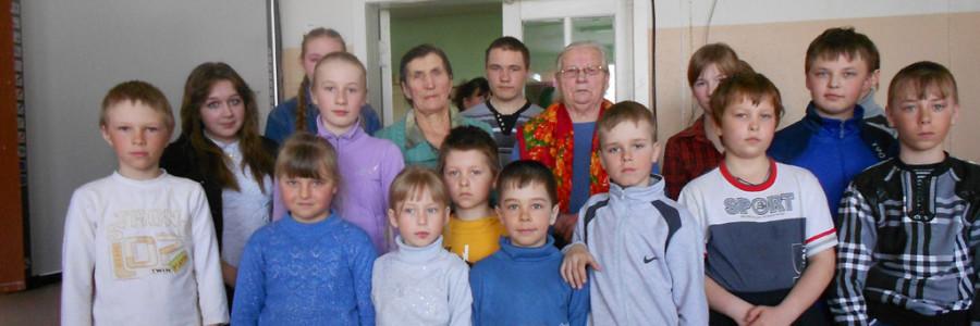 Н.Ф.Смирнова на встрече со школьниками, посвященной детям войны.