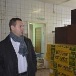 Главный врач Кинешемской ЦРБ С.А.Аминодов знакомится с ходом ремонтных работ.