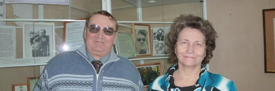 Выпускники компьютерного центра В.Г.Соловьев и Е.Н.Хвесик.