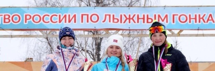 Победители первенства России. Н.Смирнова - справа.