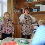 Т.П.Круглова и Н.В.Галанова исполняют песню «Русские сапожки».